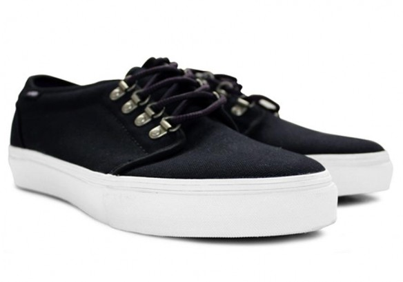 Chaussures Vans Vault Sierra 106 LX - black-purple