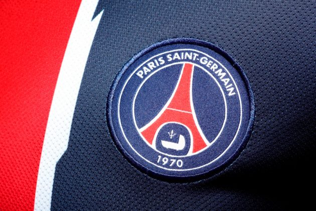 Nouveau maillot Paris Saint Germain 2011