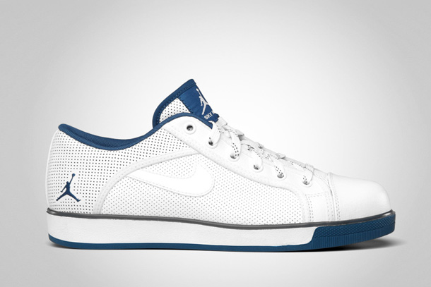 Jordan Sky High Retro Low White-French-Blue-Flint-Grey