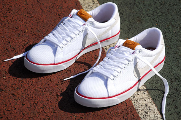 Nike Tennis Classic Blanc Clay Vintage Pack
