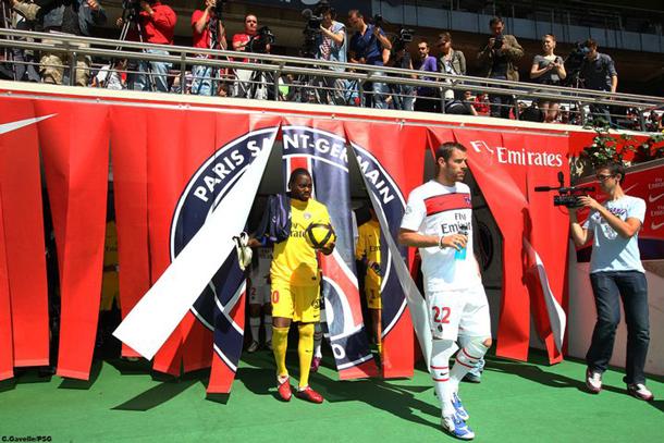 Nouveau maillot PSG saison 2011-2012