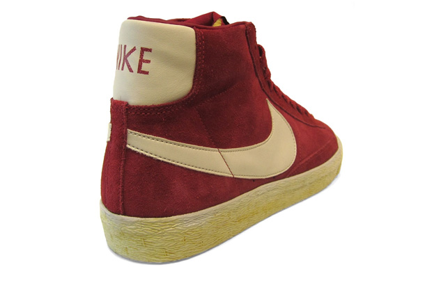 Nike Blazer Hi Vintage Legacy Red