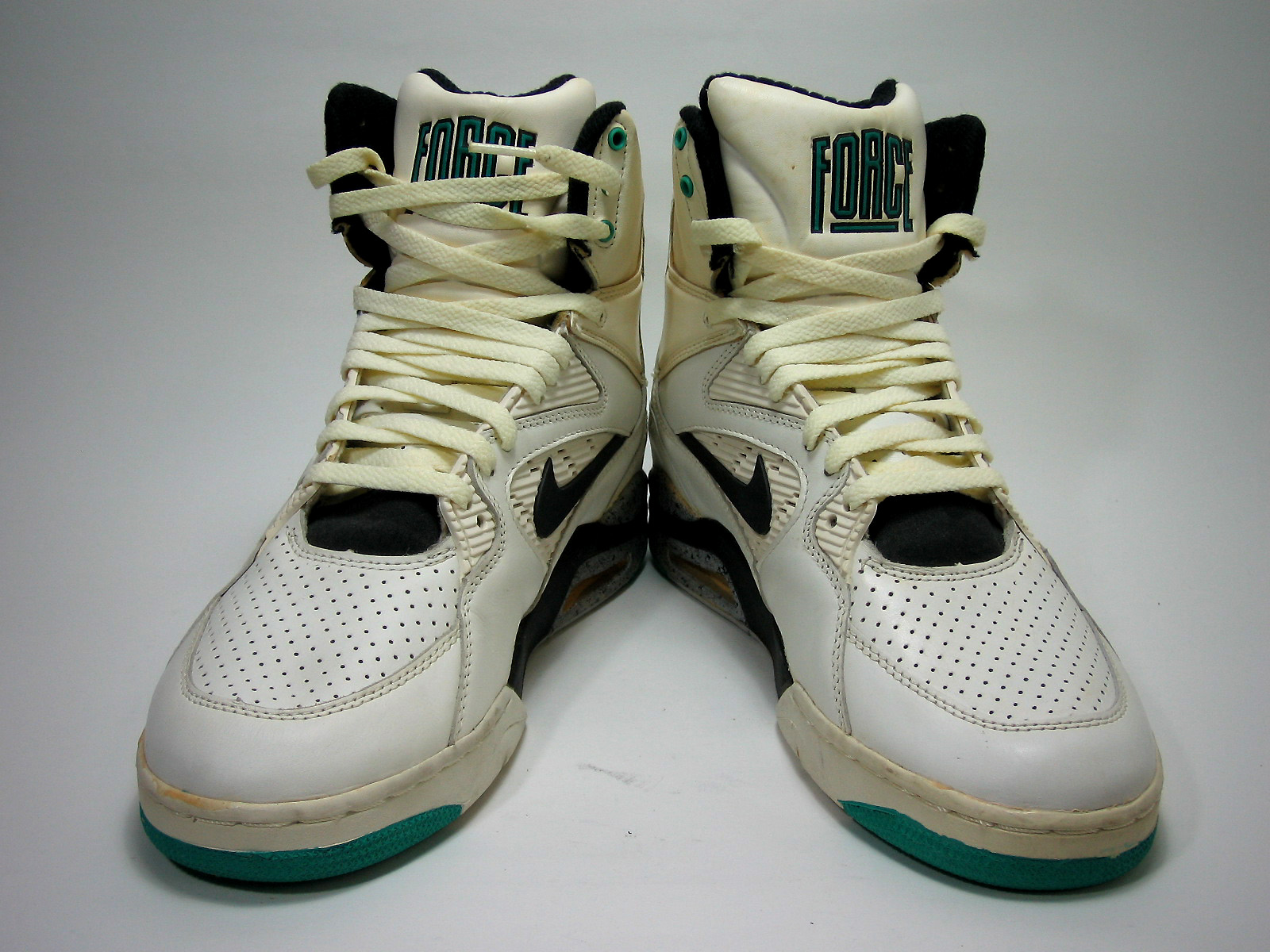 Nike Air Command Force (1990) David Robinson