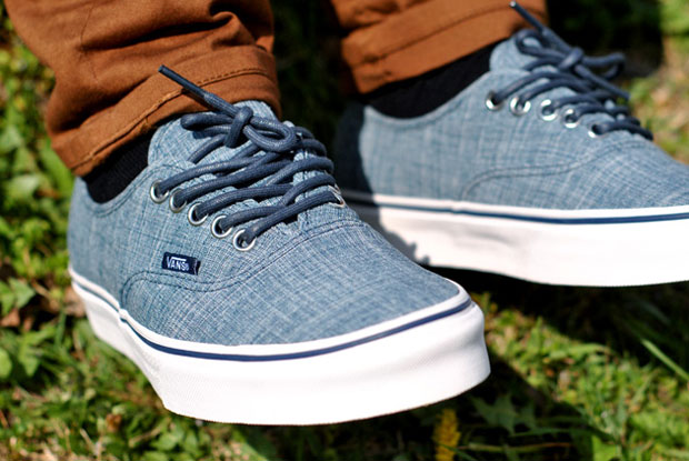 Vans Authentic Chambray Blue - Printemps 2012 (Alexandre Hoang)