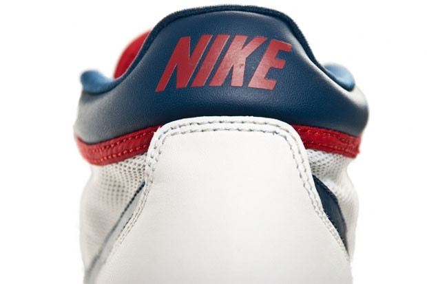 Nike Challenge Court Mid (Summit White/Gym Red)-2
