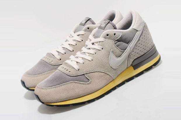 Nike Epic Vintage QS 2012 Grey/Bone